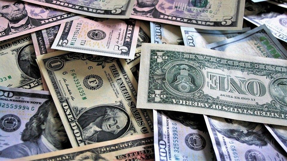 Вклады в валюте – стоит выбрать?