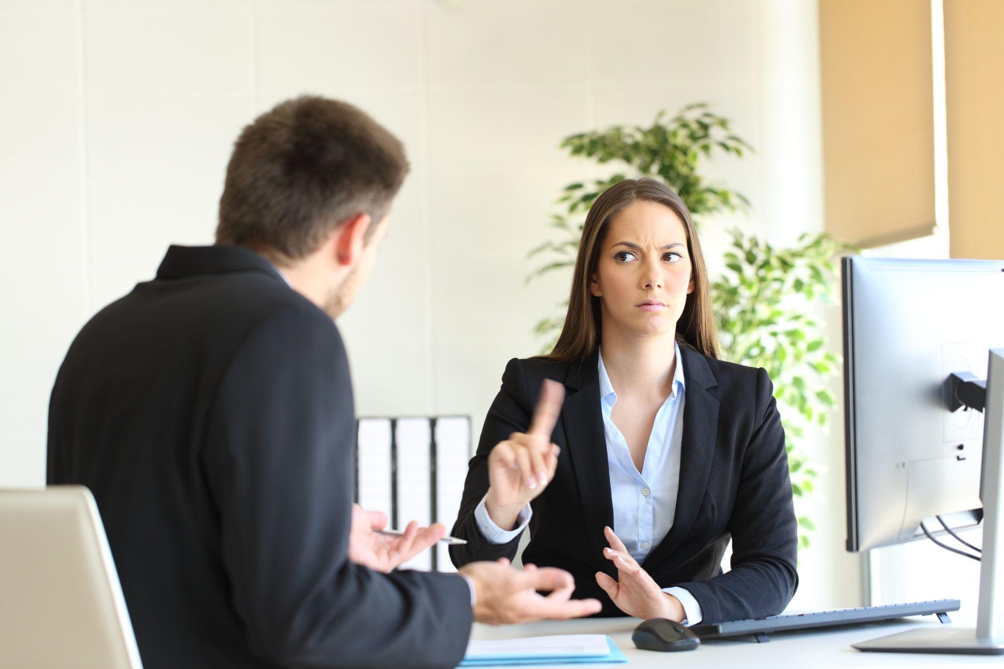 Ограничения по оформлению сотрудника на работу