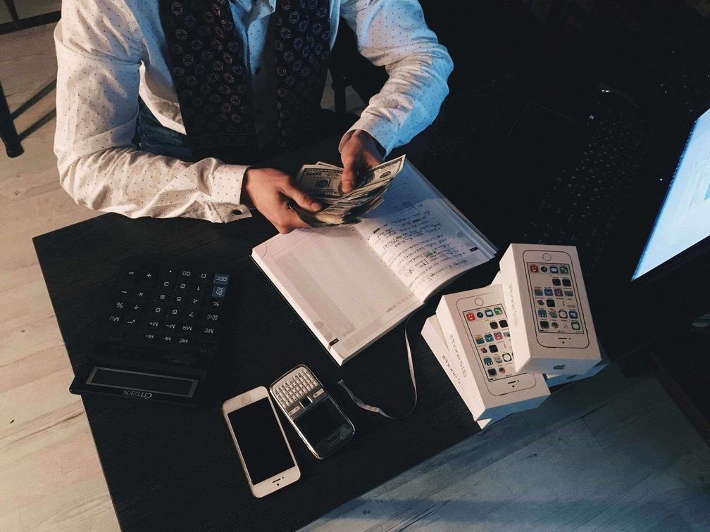 Контроль дебиторской задолженности в бухгалтерском балансе