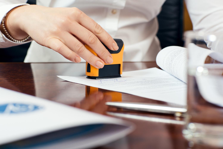 На каких документах можно ставить факсимильную подпись